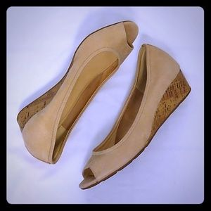 Cole Haan Tan Suede Wedges Peep Toe Size 10 B